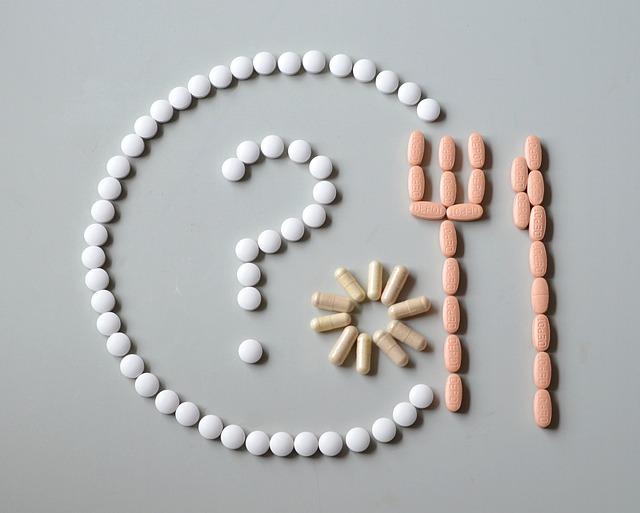otazník, příbor, léky